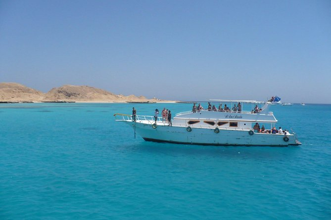 Fishing Tour by boat In Hurghada