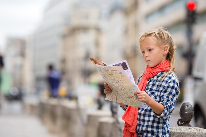 Kid-Friendly Private Medieval Paris Tour with Latin Quarter and Panthéon
