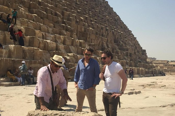 Private Half-Day Trip to Giza Pyramids with Camel Ride