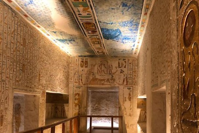4 Days Nile Cruise Experience from Aswan to Luxor With Tours
