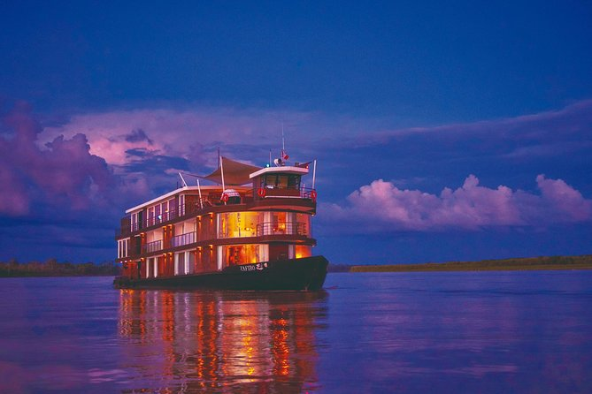 5 Day Amazon River Luxury Cruise from Iquitos on the 'Zafiro'
