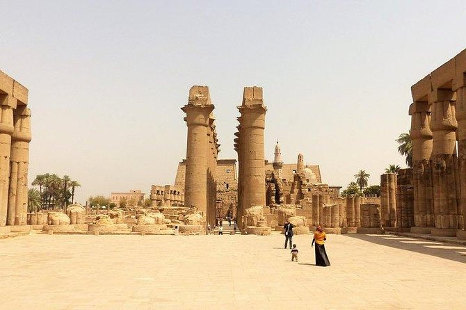 Tour To The East & West Bank Of The Nile