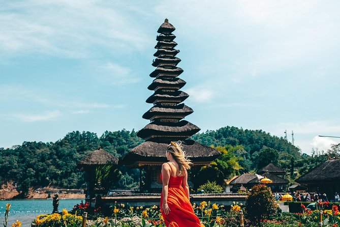 Private Day Tour : The Best Bali Tour of Bedugul and Tanah Lot Temple