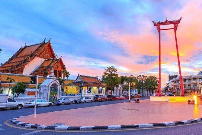 Evening City Tour at Bangkok with Local Host by TUK-TUK