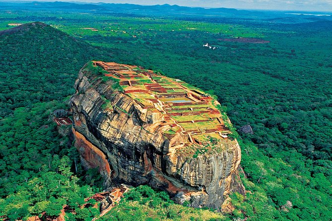 10-Night Sri Lanka UNESCO Heritage Sites Tour from Colombo