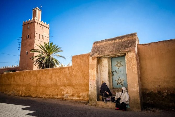 Safari to Sahara desert with Riding Camel