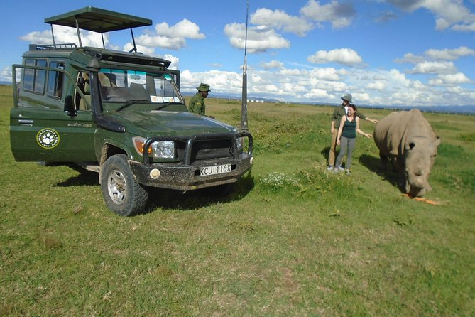 Olpejeta, Lake Naivasha, Masai Mara 5 Days Private Kenya Jeep tour