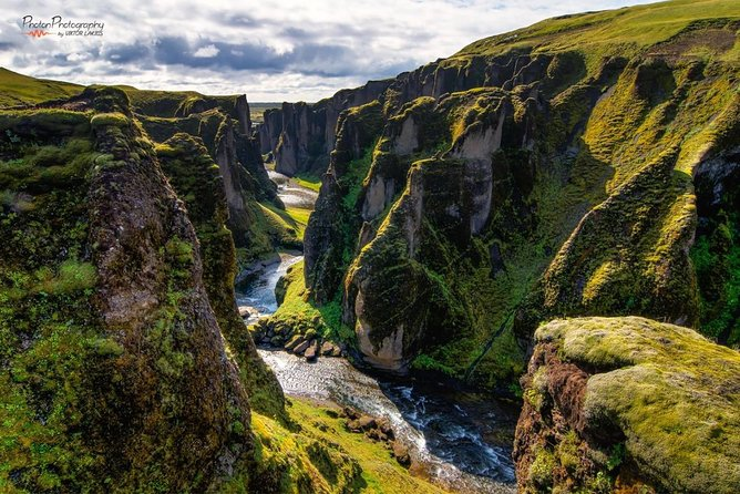 Private South Coast and Glacier Lagoon Day Trip by Super Jeep from Reykjavik