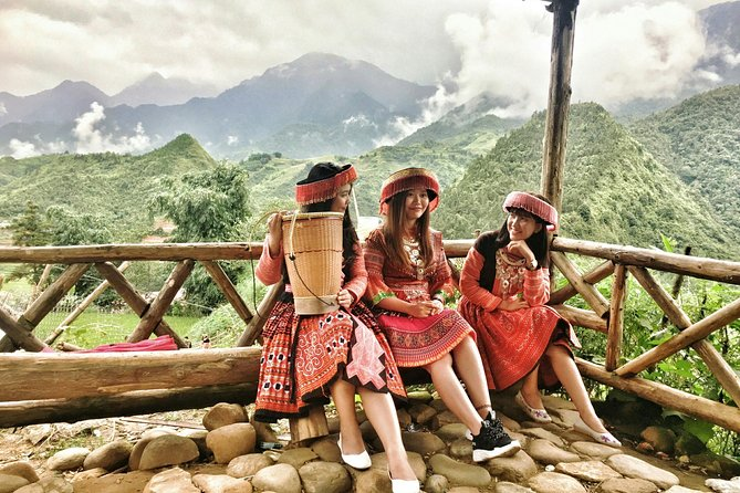 Sapa Tours :2 DAYS - 1 NIGHT (OVERNIGHT IN HOTEL)