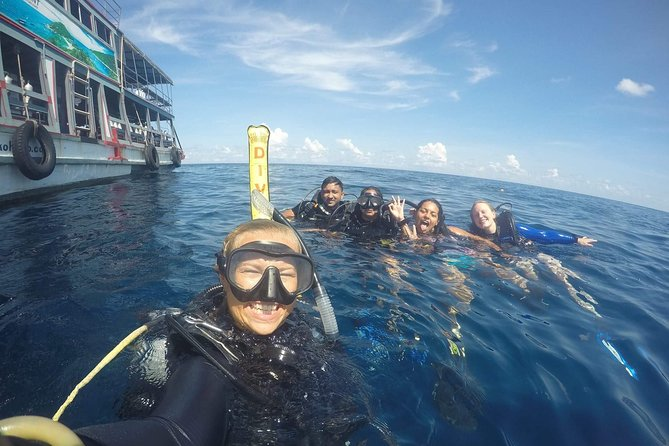 Discover Scuba Diving in Koh Tao