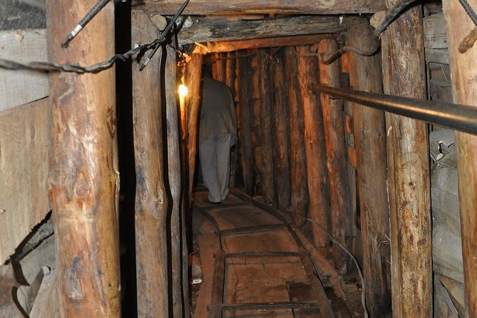 2 Hours Sarajevo Tunnel Tour with Guide