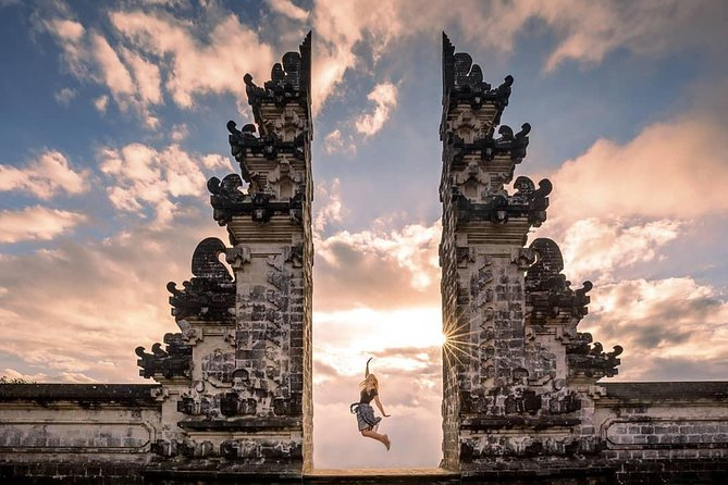 Bali Instagram Sights - Gate of Heaven - Swing - Ubud - Waterfall