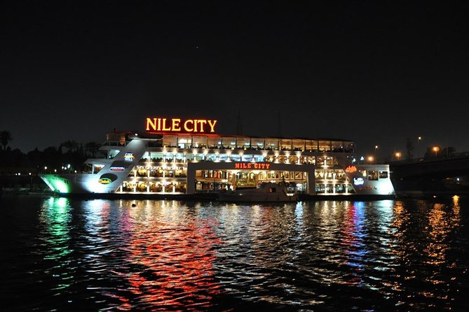 Dinner on a boat in Luxor Nile Cruise with oriental dance