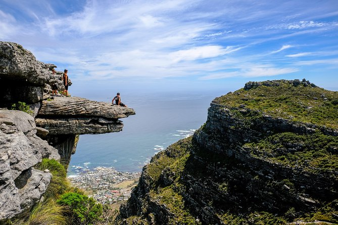 Table Mountain Summit Hike via Kasteelspoort in Cape Town