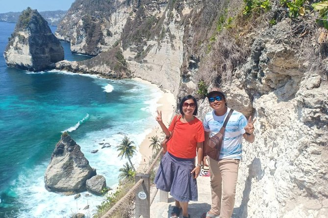 beach and uluwatu temple(with kecak and fire dance perform) All ticket include
