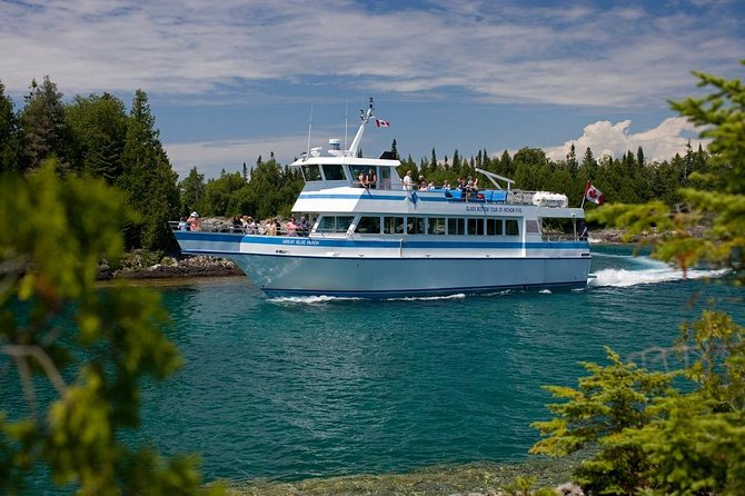 Private Full-Day Tour to Tobermory and Flowerpot Island