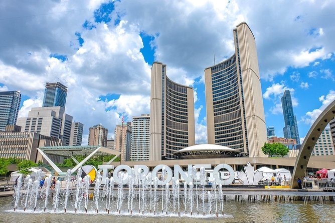 Departure Private Transfers from Toronto to Pearson Airport YYZ in Business Car