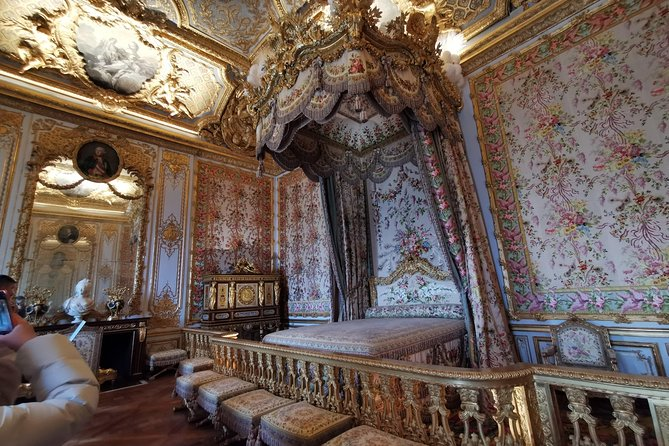 Versailles and Chartres Private Tour