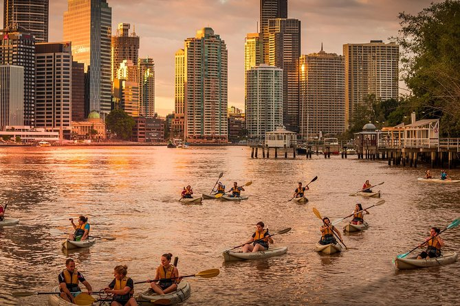 Brisbane City Twilight Kayaking with Wine and Grazing Board