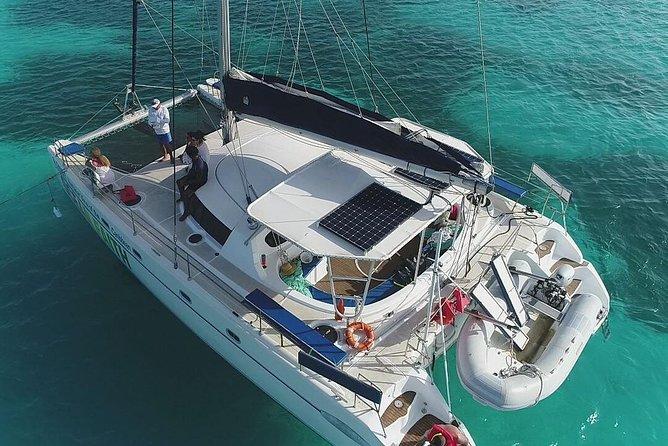 Ocean Faith Catamarán Aruba