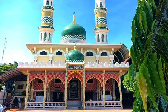 Pattaya Muslim Selfie City Tour with Halal Lunch