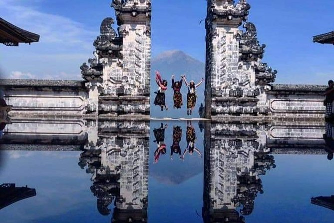 Full-Day Private Instagram Tour of The Gate of Heaven Bali