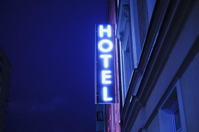 Private Sheffield Robin Hood Departure Transfer - Hotel/Accommodation to Airport