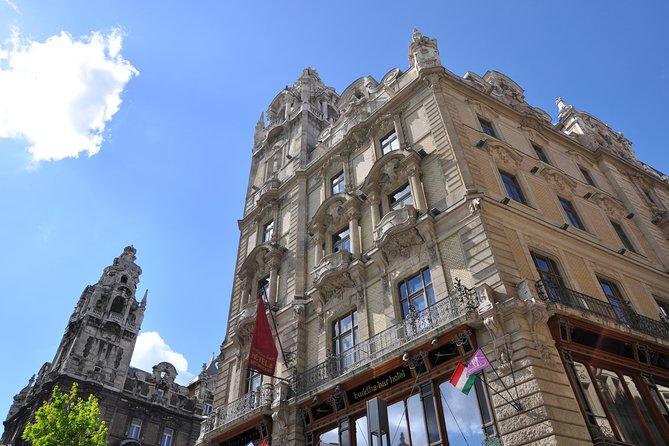 Statues & Stories & History, Budapest Private Walking Tour (DE),