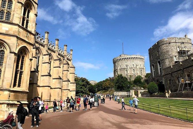 Monarch's London: Windsor Castle & Hampton Court Palace