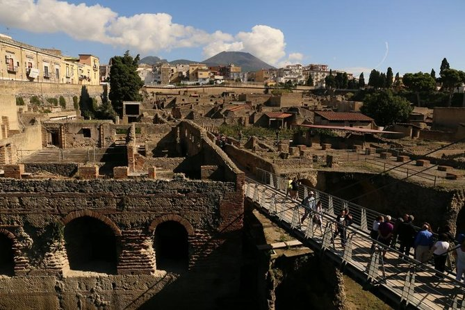 Day Trip from Salerno: Pompeii and Herculaneum - private tour