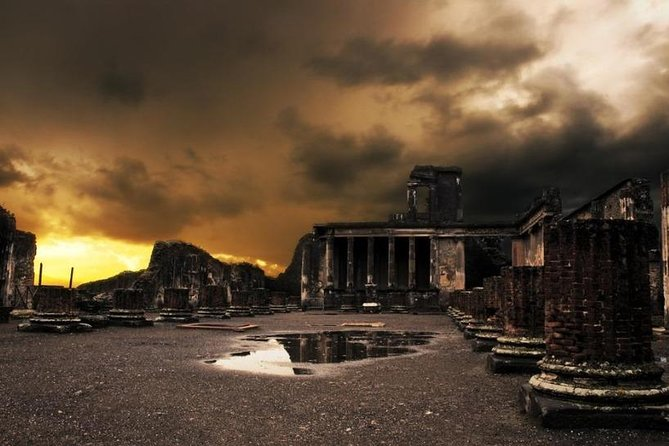 Day Trip from Rome: Pompeii and Herculaneum - private tour