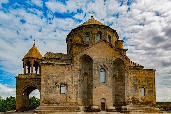 Yerevan - Echmiadzin - Zvartnots - Sardarapat - Yerevan