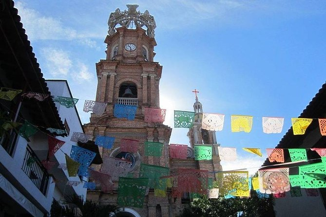 Licha's Curious Wanderings - Old Town Vallarta Tour