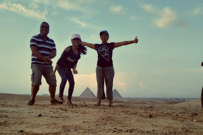 Full-Day Private Tour to Giza Pyramids and Egyptian Museum