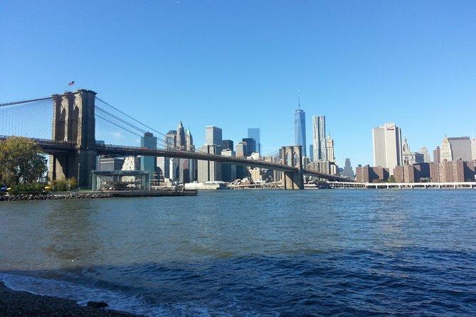 Brooklyn Bridge walking tour including Dumbo area