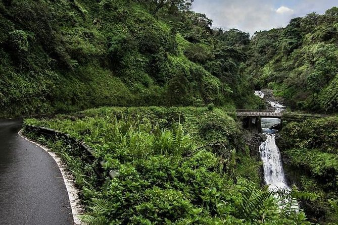 Private FULL CIRCLE Road to Hana Jeep Tour - Fully Customizable - 10-12 Hours