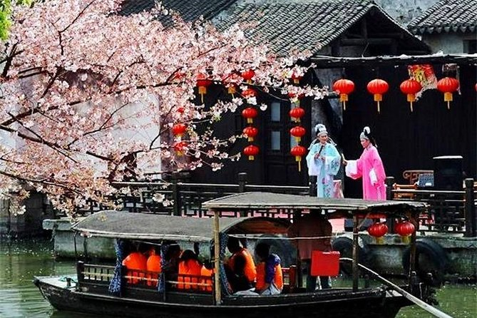 Wuzhen and Xitang Water Town Amazing Private Day Tour from Hangzhou