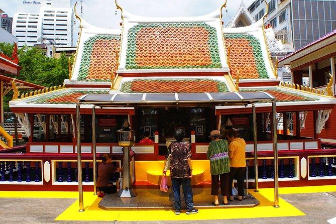 Bangkok - the city of five religions