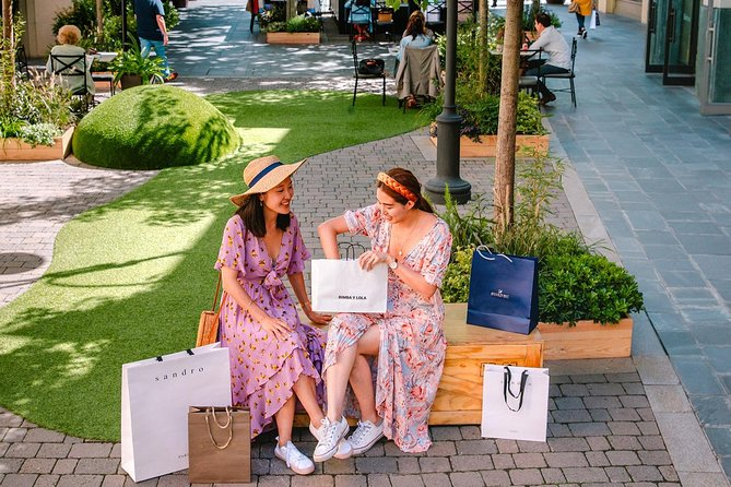 Las Rozas Village Shopping Express - Round trip from Madrid