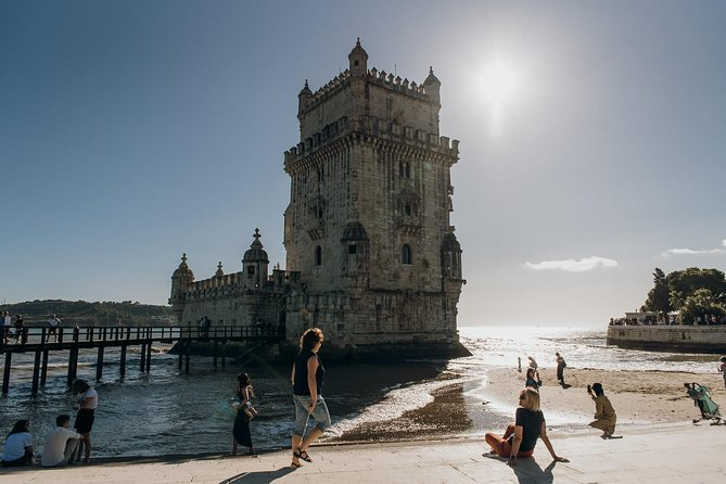 Belém Walking Tour with Guided Jerónimos Monastery, Cloister & River Cruise
