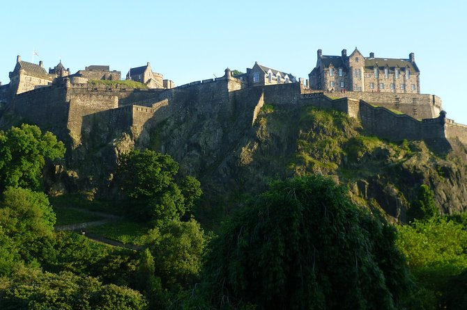 Edinburgh Castle Tour with Skip-the-Line Access led by a Local Guide