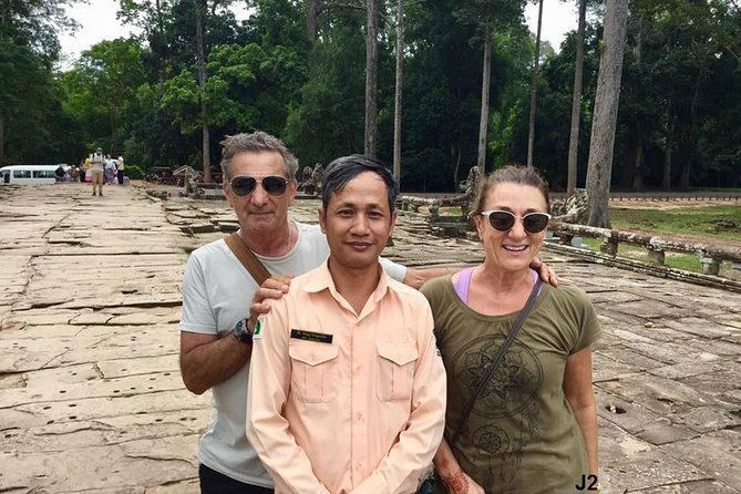 Full-Day Private Tour in Lost City & Angkor Wat from Siem Reap