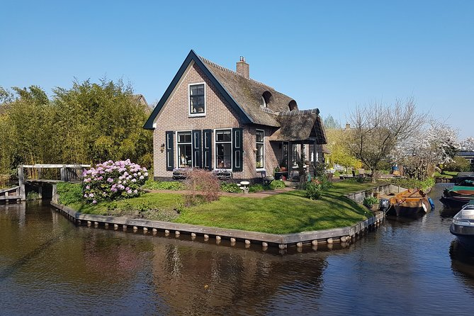 Small-Group Giethoorn Day Trip - with Mercedes Van from Amsterdam (max 8 person)