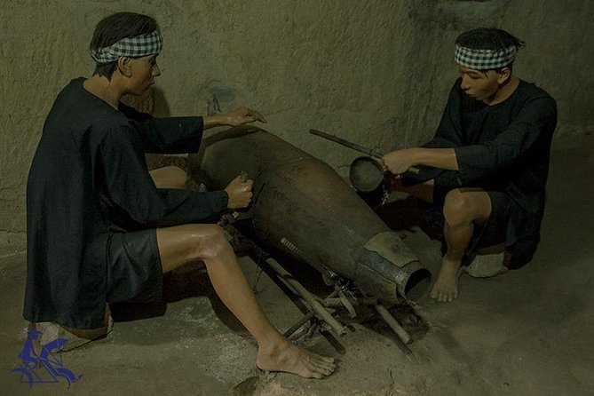 Private day tour - Cu Chi Tunnels & Cao Dai Temple Tour from Saigon