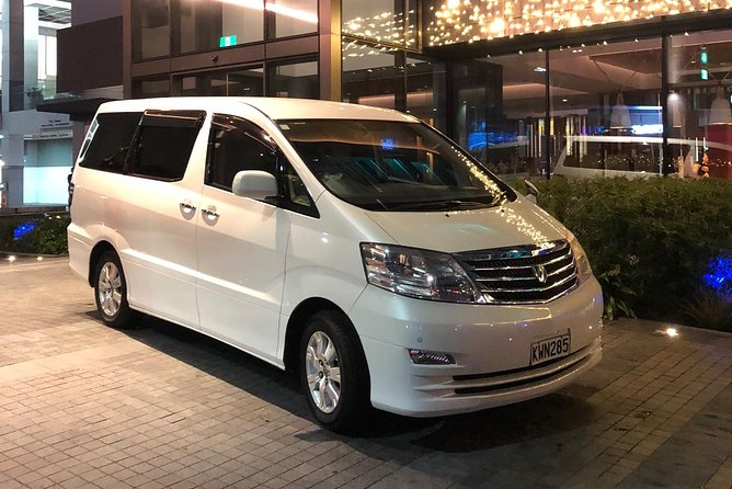 Shine Shuttle Private Transfer From Auckland Int'l Airport To AucklandCity
