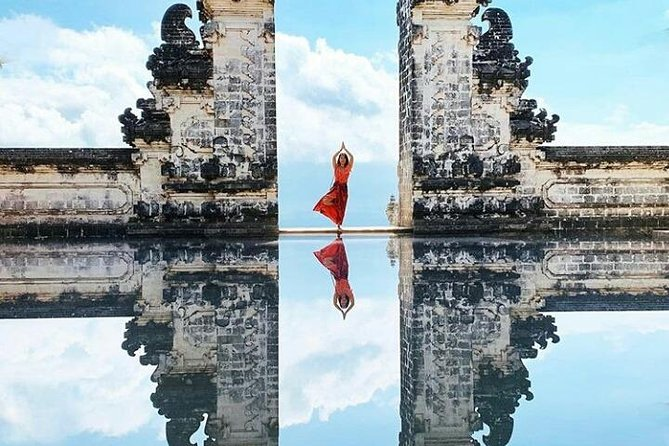 Bali instagram tour gate of heaven - waterfall - jungle swing - all inclusive.