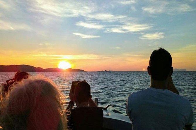 Phi Phi Sunrise Early Bird Premium Tour
