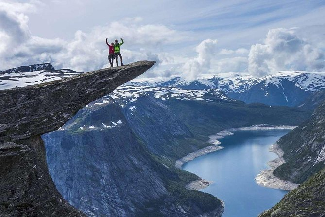 The Ultimate Fjord Hiking Experience - 4 Days - 3 Icons - 3 Fjords - 3 Cities