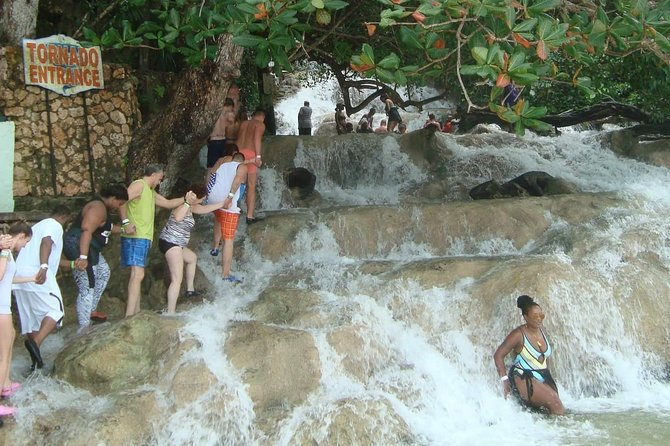 Discover Dunn's River Falls From Ocho Rios