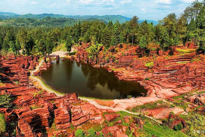 Day Tour for Furong Ancient Town and Red Stone Forest National Geological Park